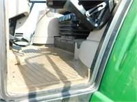 2011 John Deere 7430 Premium MFW tractor