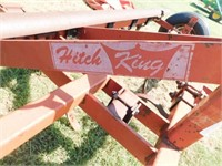 Hitch King 3pt. 13' trac scratcher