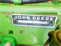 John Deere 346 square baler