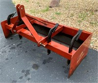 Rear Box Blade, 5', 3-pt.  NOTE: This item will be sold at live auction, however absentee bids can be placed if you are unable to attend the auction. More details & pictures can be viewed by clicking the catalog tab and view Lot #4.
