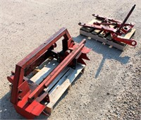 Kubota 3-Pt Lift Arms/Hitch Assembly.  NOTE: This item will be sold at live auction, however absentee bids can be placed if you are unable to attend the auction. More details and pictures can be viewed by clicking the catalog tab and view Lot #21.