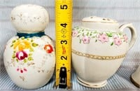 38 - LOT OF 3 BEAUTIFUL SHAKERS - SEE PICS