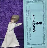 11 - LLADRO ANGEL W/ BOX