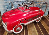 793 - VINTAGE CHILD PEDAL FIRE TRUCK