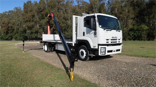 2008 Isuzu FTR 900 Long - Trucks for Sale