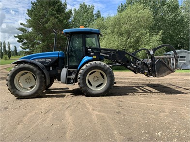 New Holland Tv140 For Sale 17 Listings Marketbook Ca Page 1 Of 1
