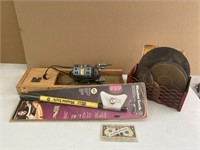 Ryans Relics antique and collectables September 13th