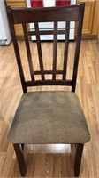 795 - DARK WOOD OVAL DINING TABLE W/4 CHAIRS