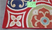 c - COLORFUL AREA RUG 6'X9' USED (L)