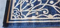 C - BLUE & WHITE 5 X 7  AREA RUG (A)