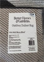 c - B/W STRIPED AREA RUG 6'X9' (E2)