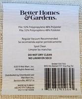 C - NEW BETTER HOMES & GARDEN 5X7 AREA RUG (P)