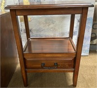 793 - LOT OF 2 BEAUTIFUL WOOD ACCENT TABLES