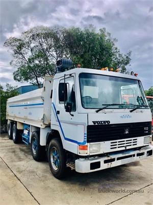1988 Volvo FL7 - Trucks for Sale