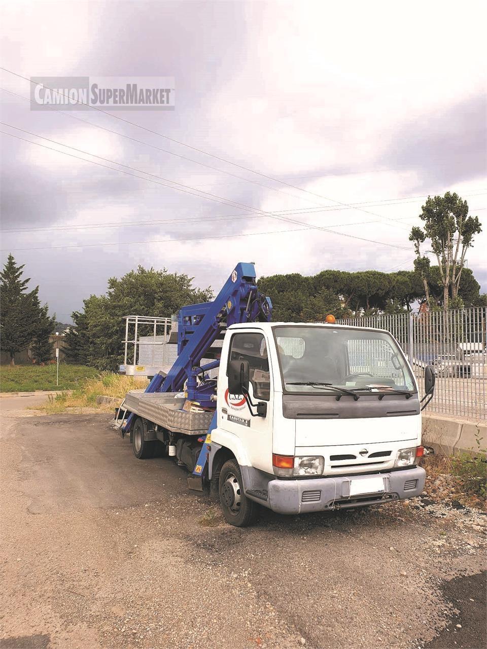 Nissan CABSTAR 120