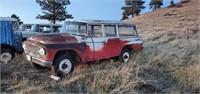 1962 IH Travelall 4x4