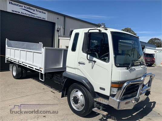 2000 Mitsubishi Fuso FK - Trucks for Sale