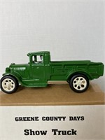 Lowery Toy Tractors & Metal Toy Online Auction