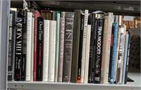 September 2020 Discovery Book Shelf Lot Auction