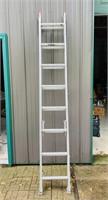 16 ft Extension Ladder, 200 lb max