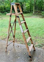 6 ft Wood Step Ladder, Made In Saginaw
