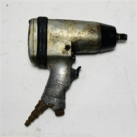"Central Pneumatic 1/2"" Impact Wrench"