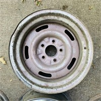 Corvette Steel rims with 3 Hubcaps, stamped 15 x 8