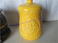 "MCCOY '""COOKIES"" JAR & POT BELLY STOVE BANKS"