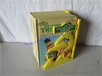 BIG BIRD BOOK CASE & BOOKS