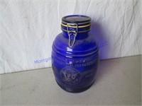 CRACKER BARREL JAR
