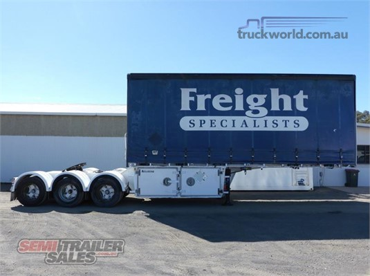 2006 Lusty Curtainsider Trailer - Trailers for Sale