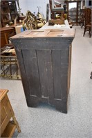 "Antique Oak Ice Box (24"" x 16"" x 38"") 