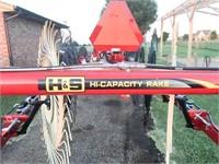2020 H&S Hay Rake. Mod: 4112 High Capacity
