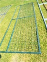12' Wire filled panel, bent top bar