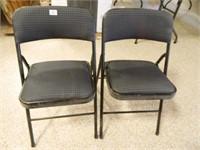 Folding Chairs w/Padded Seats (2)