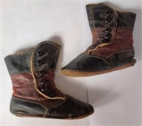 VICTORIAN ANTIQUE HANDMADE CHILDS LEATHER BOOTS
