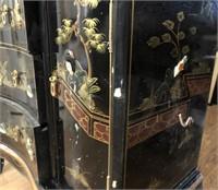 47 - BEAUTIFUL DETAILED ORIENTAL CHINA  HUTCH