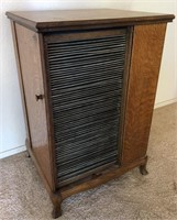 47 - UNIQUE WOOD VINYL KEEPER CABINET