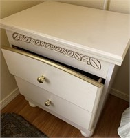48 - 2 TWIN BED WITH NIGHTSTAND SET
