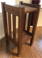 47 - UNIQUE WOOD END TABLE