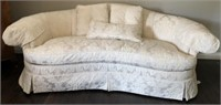 SOVEREIGN COLLECTION FINE UPHOLSTERY BY HICKORY