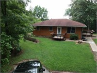 3 BEDROOM, 2 BATH HOME W/WALK OUT BASEMENT