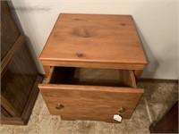 2-drawer night stand
