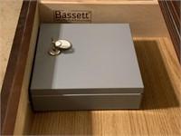 10-drawer dresser with mirror