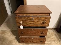 3-drawer locking night stand