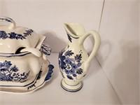Tureen & Vase