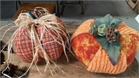 HOLIDAY DECORATIONS,PUCTURES CORN CANDLE HOLDERS