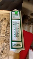 OREGON TRAIL THERMOMETER LONDON MAP, POSTCARDS