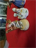 MISCELLANOUS PORCELAIN FIGURINES,  ALL ARE MUSIC
