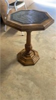 BEAUTIFUL OCTAGON END TABLE OR PLANT STAND